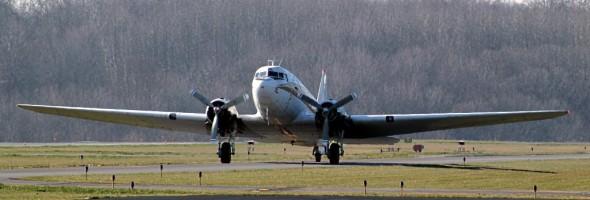 Air Heritage C-47 Landing